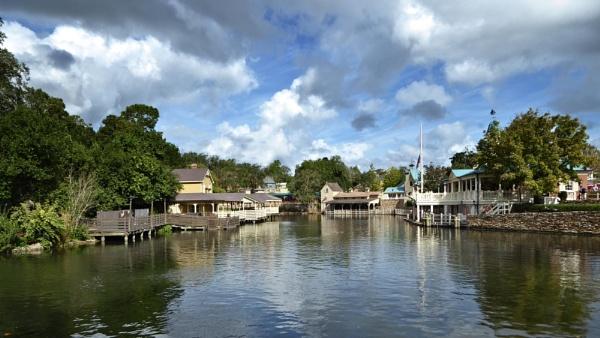 Disney World dock by wsteffey