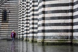 Orvieto Contrast