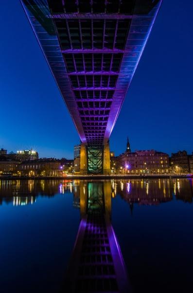Tyne Bridge by icphoto