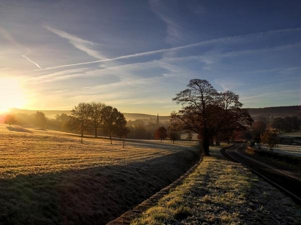 November Morning by ianmoorcroft