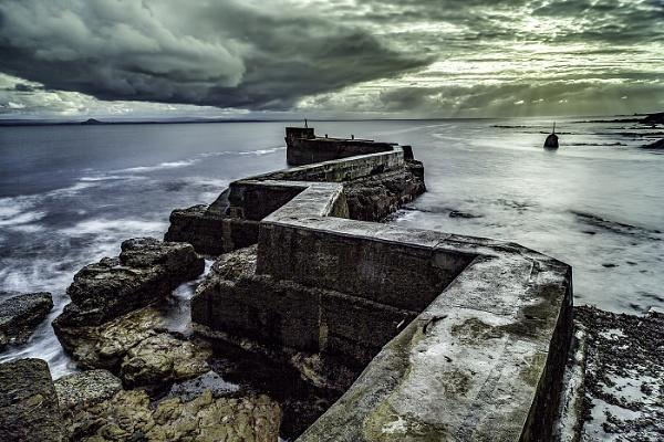 St Monan\'s Breakwater by bledzo