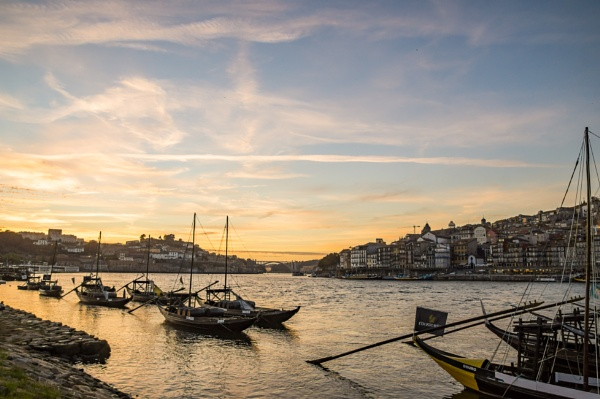 Rabelo sunset by philstan
