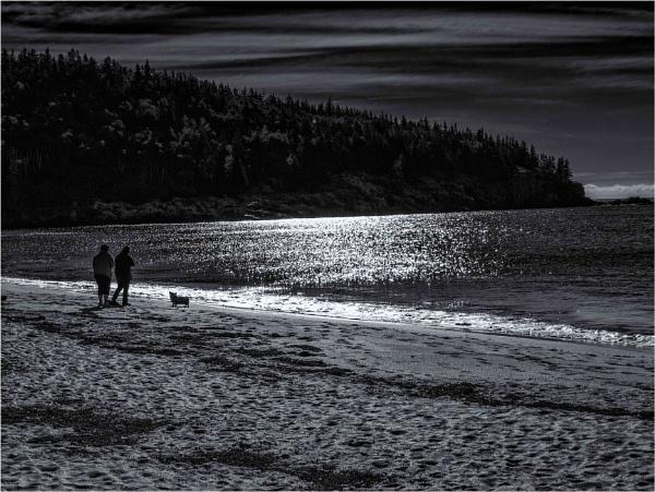Sand Beach by KingBee