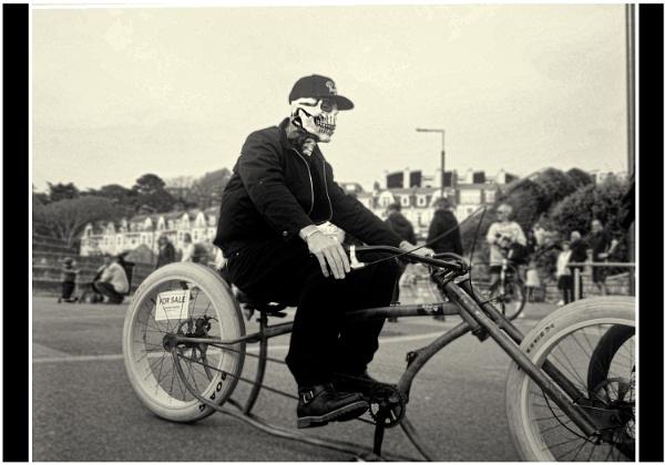 Bournemouth Cyclist 3 by Kurt42