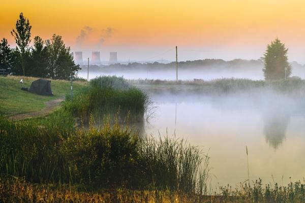Fisherman in the Mist by gowebgo