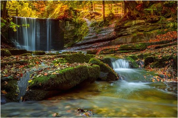 Autumn Flow. by Satlight