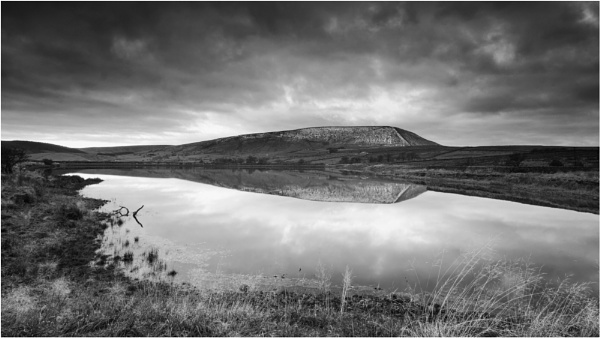 Pendle Mono 2 by Somerled7