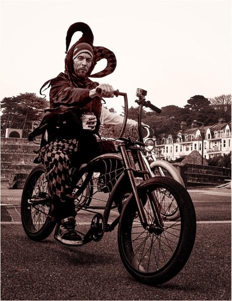 Bournemouth Cyclist 5 by Kurt42