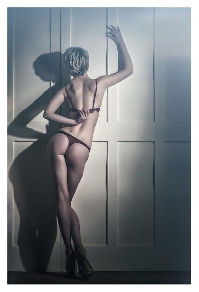 Undressing by K4RL