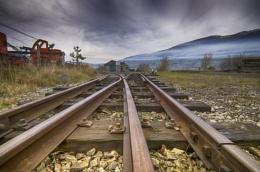 Tracks to the mine