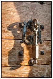 Photo : Knock - knock