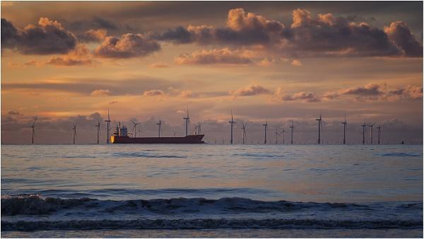 Ships That Pass by Leedslass1