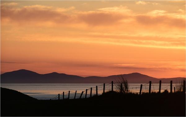 Sundown by dven