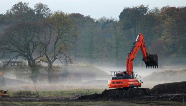 Misty Morning Digging by scuba_steve1888