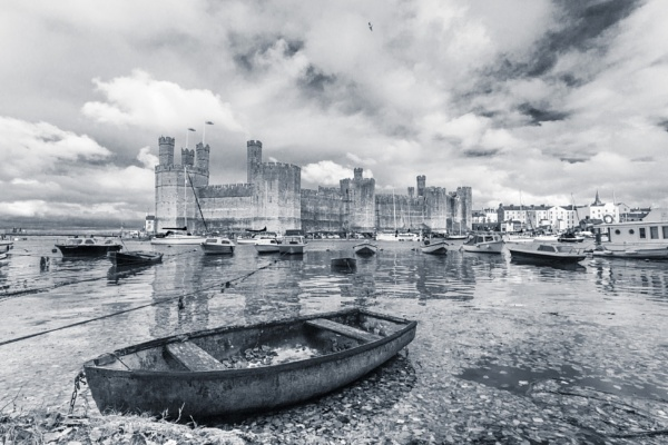 Caernarfon Castle by Istretch