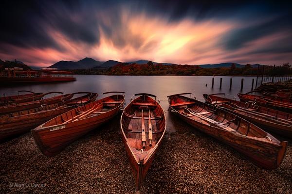Derwent Dawn by Tynnwrlluniau