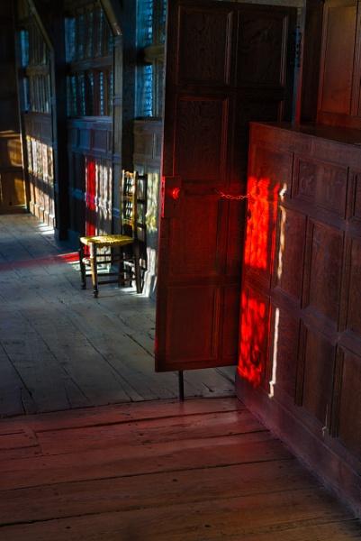 Autumn Light IV by jasonrwl