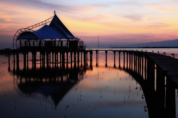 Just before sunrise.. by widjaba