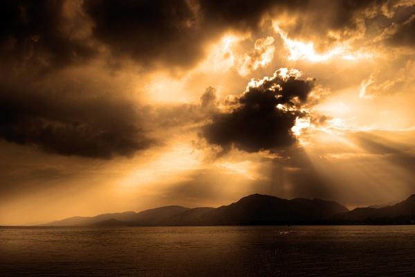 sunburst by kenwil