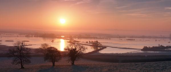 Somerset Levels in flood by trailguru