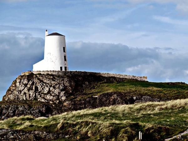 Twr Mawr, Llanddwyn Island, Anglesey. by Diwali