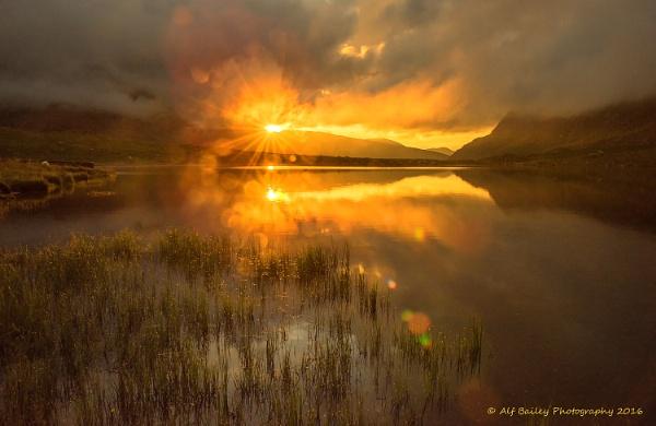 Sunburst at Idwal by Alffoto