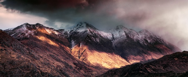 Last Light on The Five Sisters of Kintail by Tynnwrlluniau