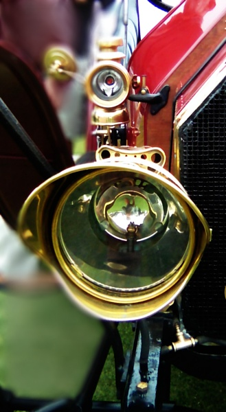 1914 FIAT headlight. by Jayar