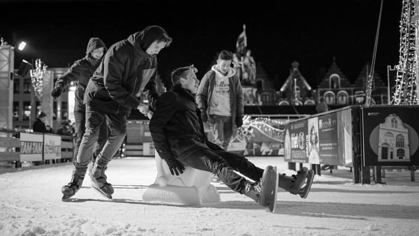 B&W Ice Skating Scene by Drummerdelight
