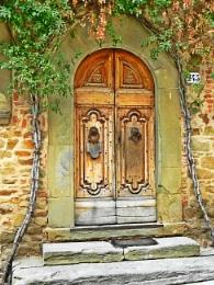 HDR Door