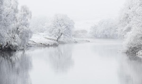 River Dochart by PaulHolloway