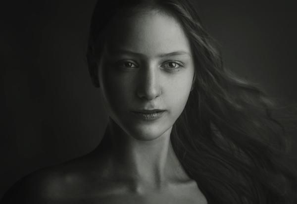 Siren by DeLone