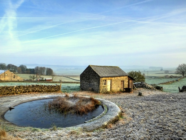 Wardlow Winter Morning by ianmoorcroft