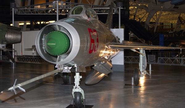Mikoyan-Gurevich MiG-21 by GGAB