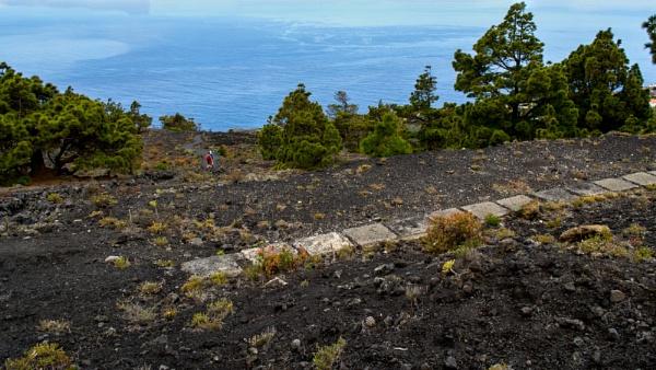 Volcanic trek by Ian01