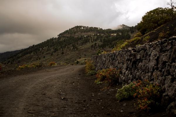 Volcano vista by Ian01