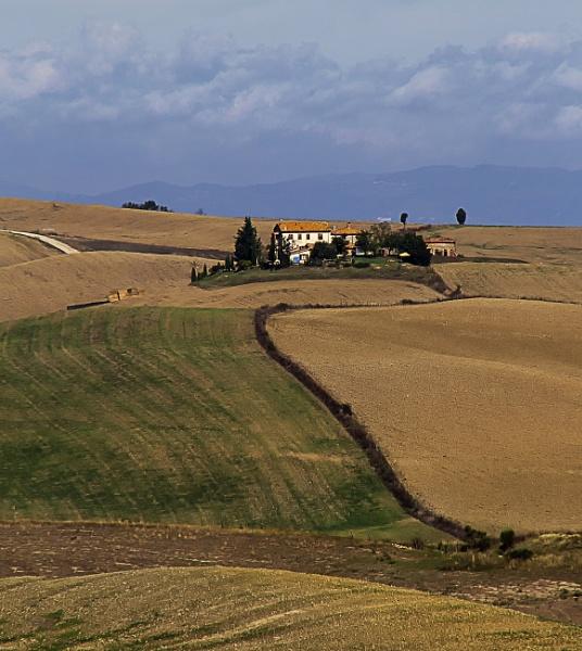Tuscan Landscape by Irishkate
