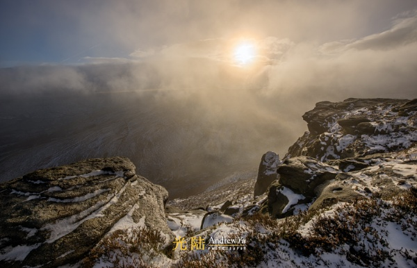 Breaking Light, Kinder Scout, Peak District by awhyu