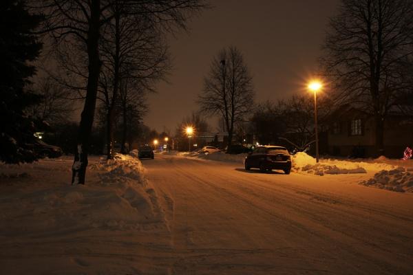 Snowy Night by DMac360
