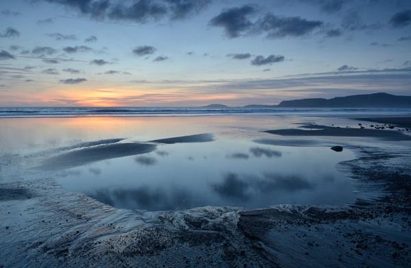 Porth Neigwl by G_Hughes