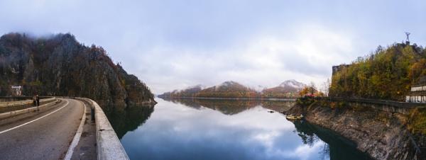 Vidraru Dam Romania by Alexiii