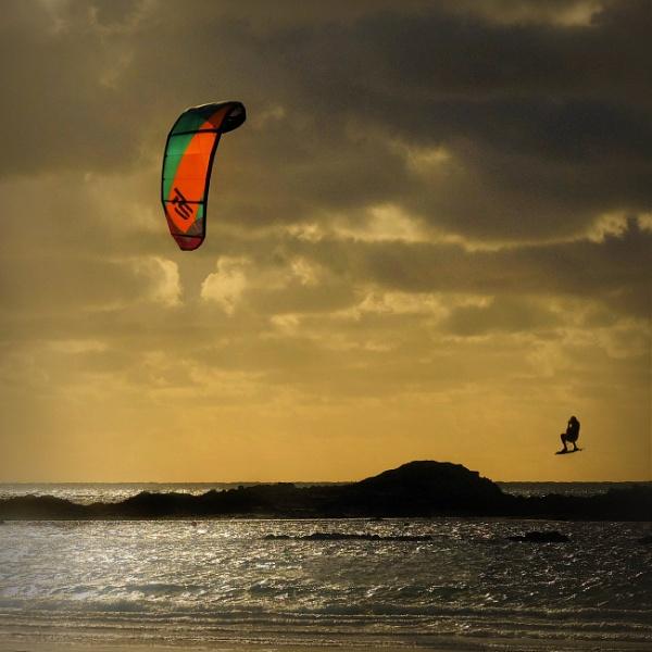 airborne by optik