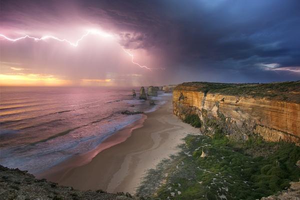 12 Apostles National Park, Australia by amanda0102