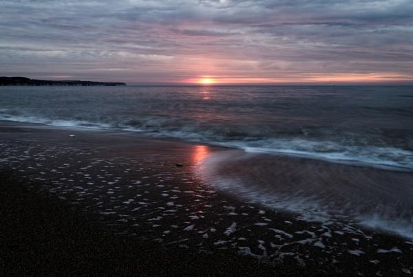 The North Sea : Bridlington Beach by rickhanson