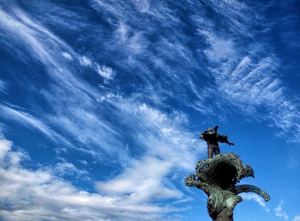 Commemorative Statue, Alesund. by Owdman