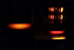 Photo : Light Reading?