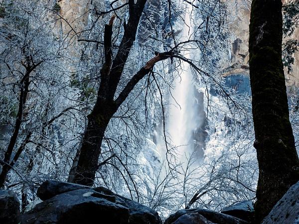 Bridal Veil Falls, Yosemite by saxon_image