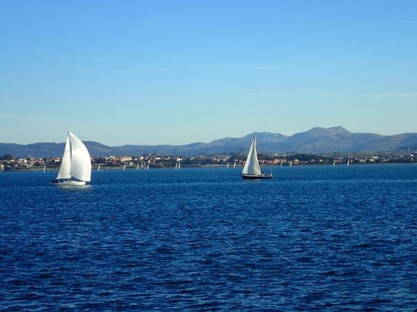 Full Sail by voyger1010