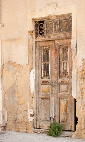 Old Door, New Padlock by g0hop