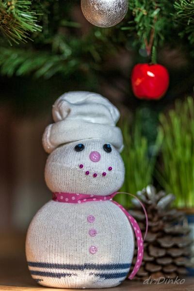 sock snowman by drDinko